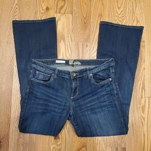 EUC Kut From The Kloth Farrah Baby Bootcut Jeans